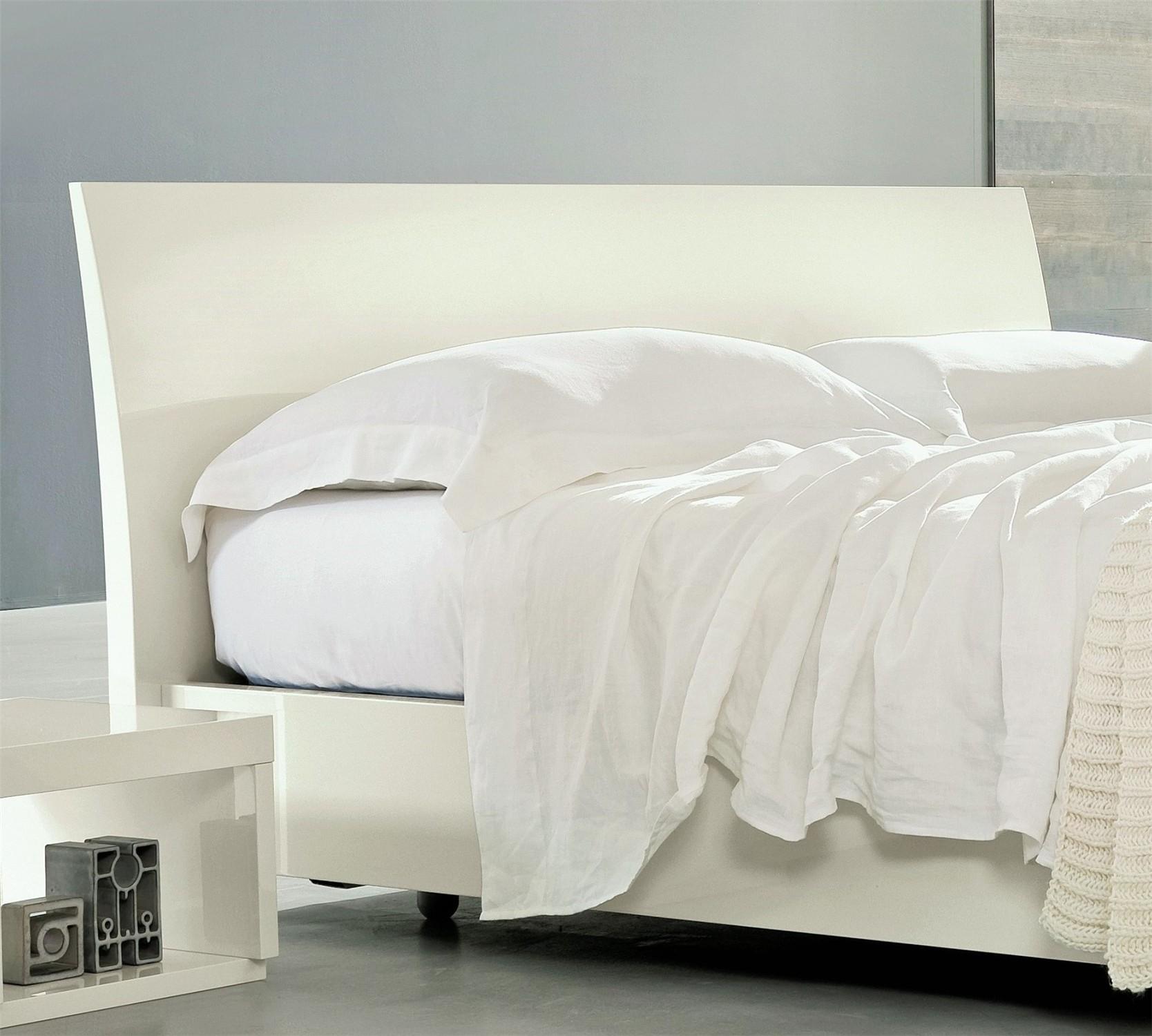 veneran italia movi   italian high gloss bed   head2bed uk