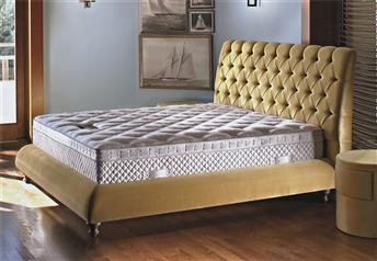 Yatsan BARONESS Contemporary Classic Upholstered Bed