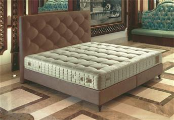 Yatsan BIJOUX Contemporary Classic Upholstered Bed