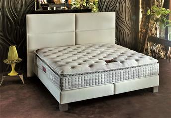Yatsan SQUARE Contemporary Classic Upholstered Bed
