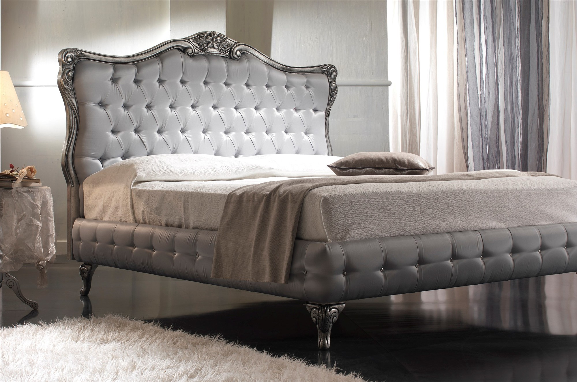 Quarrata Clara Luxury Traditional Italian Bed With Crystals