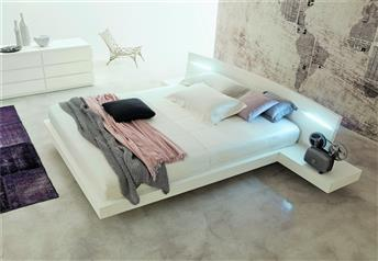 Veneran Italia ALOA Floating Bed in solid birch & ash