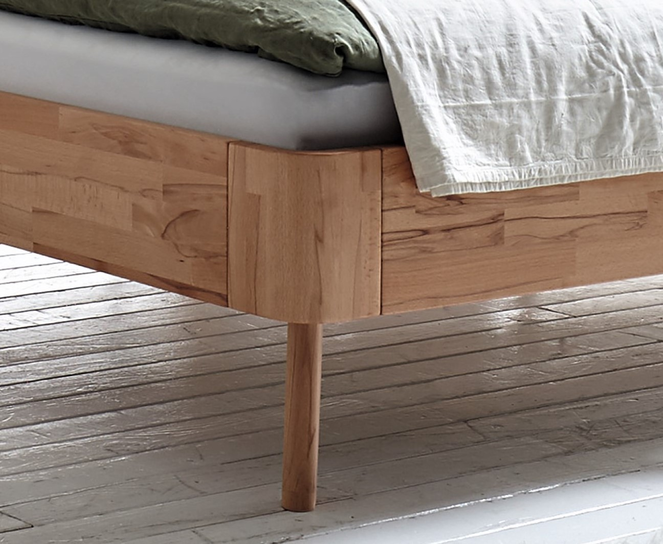 Swan Modern Platform Bed: Contemporary Designer Beds » Hasena Masito Duetto Solid