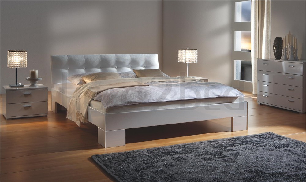 hasena movieline vegas ronna high gloss modern bed. Black Bedroom Furniture Sets. Home Design Ideas