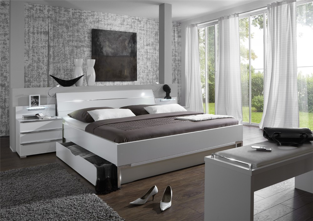 Stylform phoenix storage bed head2bed uk for Belle chambre a coucher