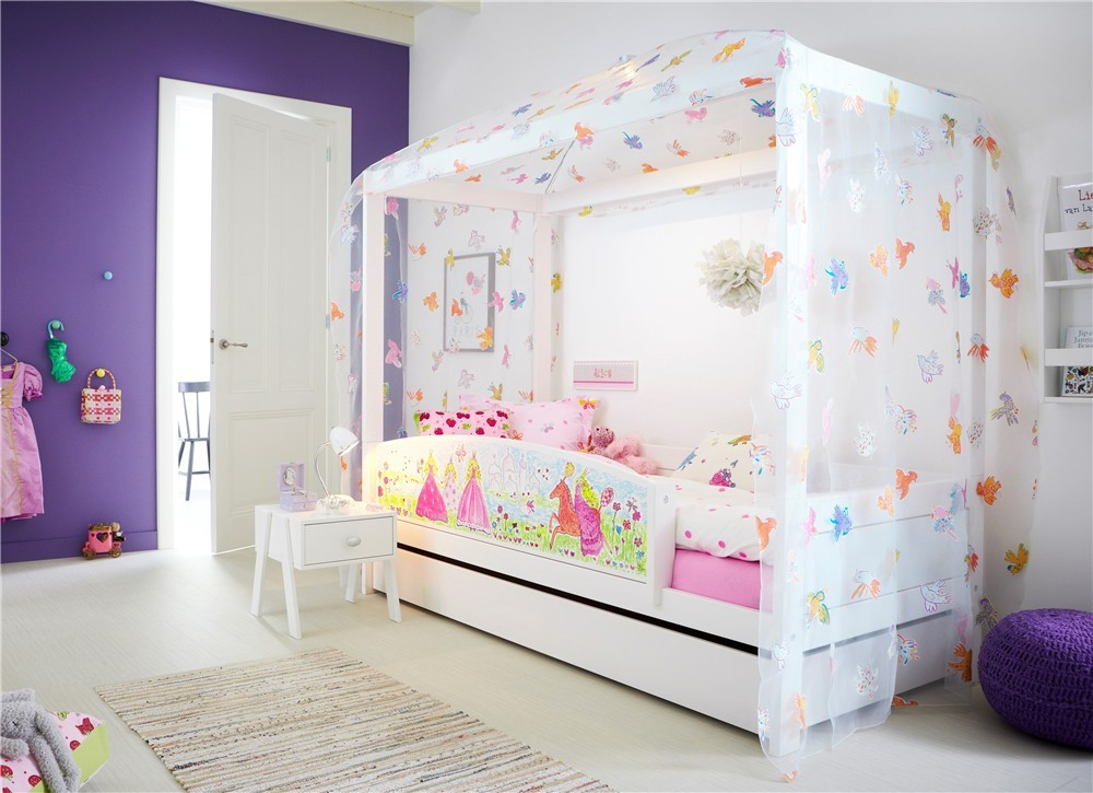 Lifetime freebird children 39 s four poster bed head2bed uk for Childrens beds